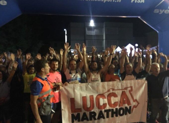 """L'8 Settembre sveglia alle 5 con Lucca Marathon per """"Corri all'Alba …Vincerò""""."""