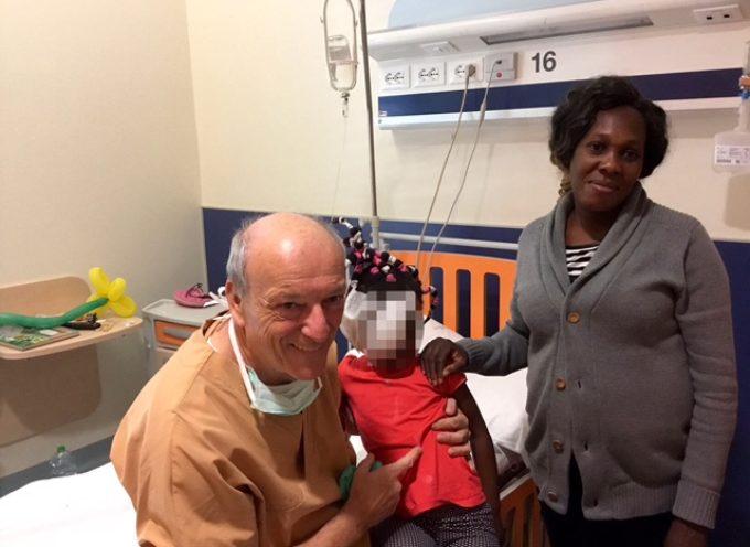 Operata a Lucca dal dottor Fausto Trivella una bimba di 4 anni del Congo