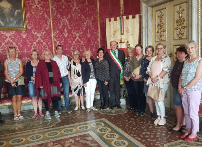 Ieri in Comune un gruppo di studenti 'gemellati' con la città di Lucca