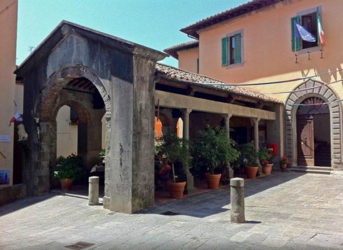 Nel centro storico della cittadina, apertura dei musei, del settecentesco teatro, del campanile del Duomo e spazio alla lettura nelle strade