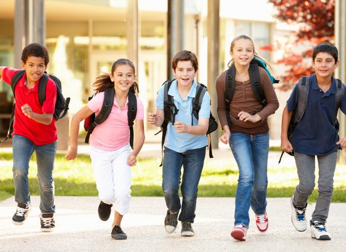 I ragazzi delle medie non possono tornare a casa da soli: la conferma del Ministro Fedeli
