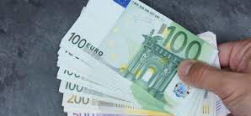 Banche: stangata in arrivo per chi ha il conto online