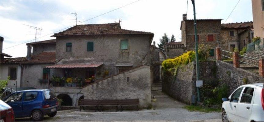 VIAGGIO IN MEDIAVALLE  A  Longoio, Bagni di Lucca