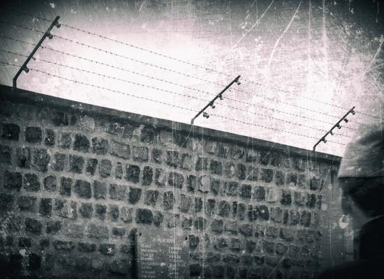 la seravezzina Alessandra Speroni premiata a Lucca per un progetto fotografico sui campi di concentramento nazisti