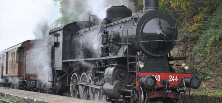 Sul treno a vapore verso la città della Castagna, a  castelnuovo di garfagnana