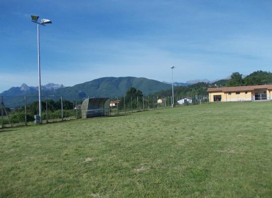 Villa Collemandina è stato ultimato un sistema di illuminazione notturno.