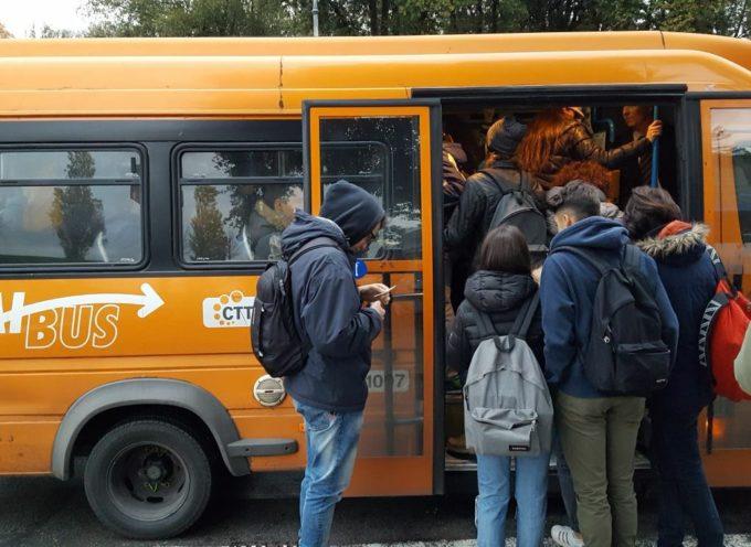 BUS IN FIAMME, INTERVIENE IL BLOCCO STUDENTESCO