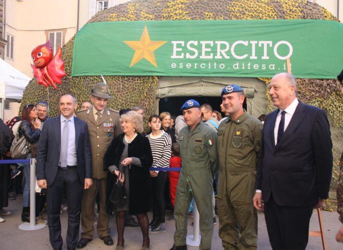 L'ESERCITO PRESENTE A LUCCA CON UNO STAND PROMOZIONALE DELL'ISTITUTO GEOGRAFICO MILITARE