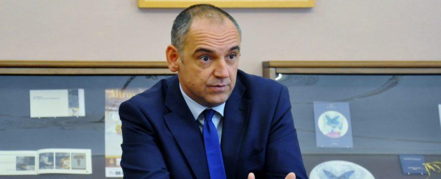 : il presidente della Provincia Luca Menesini sarà all'ISI di Barga mercoledì 27 novembre