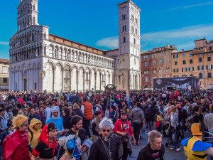 Lucca_comics_piazza