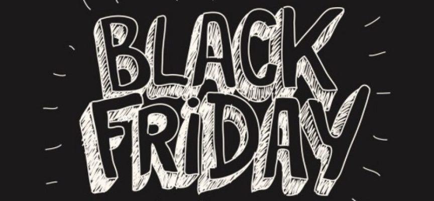 """Black Friday. Mega saldi che tutti aspettano. Lo """"Sportello dei Diritti"""": occhio alle truffe online."""
