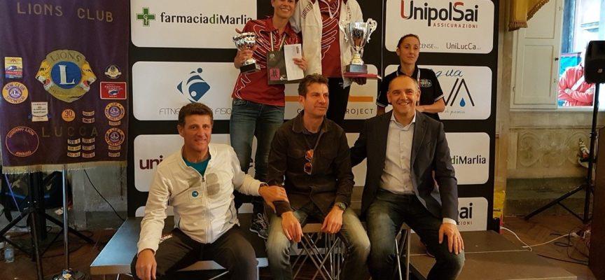 Il Gs.Lammari rosa, in evidenza nella regina della corsa: la maratona.