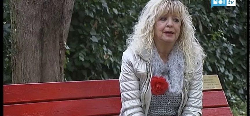 Femminicidio, una panchina rossa in ricordo di Vanessa