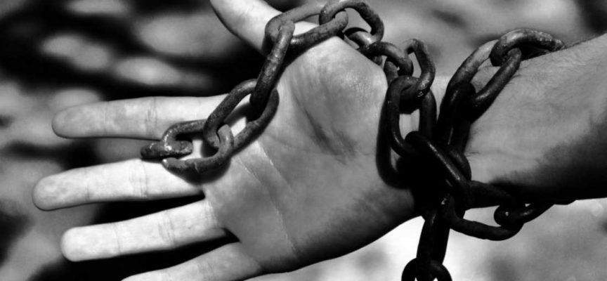 Mestieri da SCHIAVI peggior retribuiti in ASSOLUTO