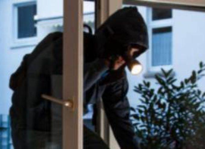 Difende sua figlia da un ladro: il giudice condanna il padre