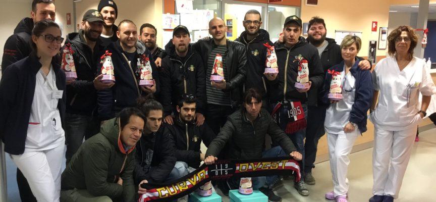 """Donazione del gruppo """"La mia squadra, la mia città"""" alla Pediatria di Lucca"""