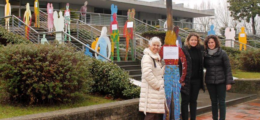 """Fino a domenica 17 dicembre in piazza Aldo Moro a Capannori è visitabile l'installazione """"Le figure dei diritti"""""""