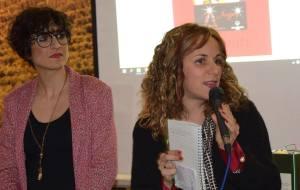 Asd L'Allegra Brigata la presidente Serena Frediani (con microfono) e la Claudia Maiorano responsabile sportiva