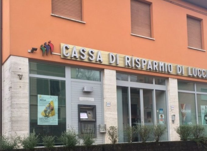 FURTO FALLITO AL BANCOMAT DELLA CASSA RISPARMIO DI LUCCA A GHIVIZZANO