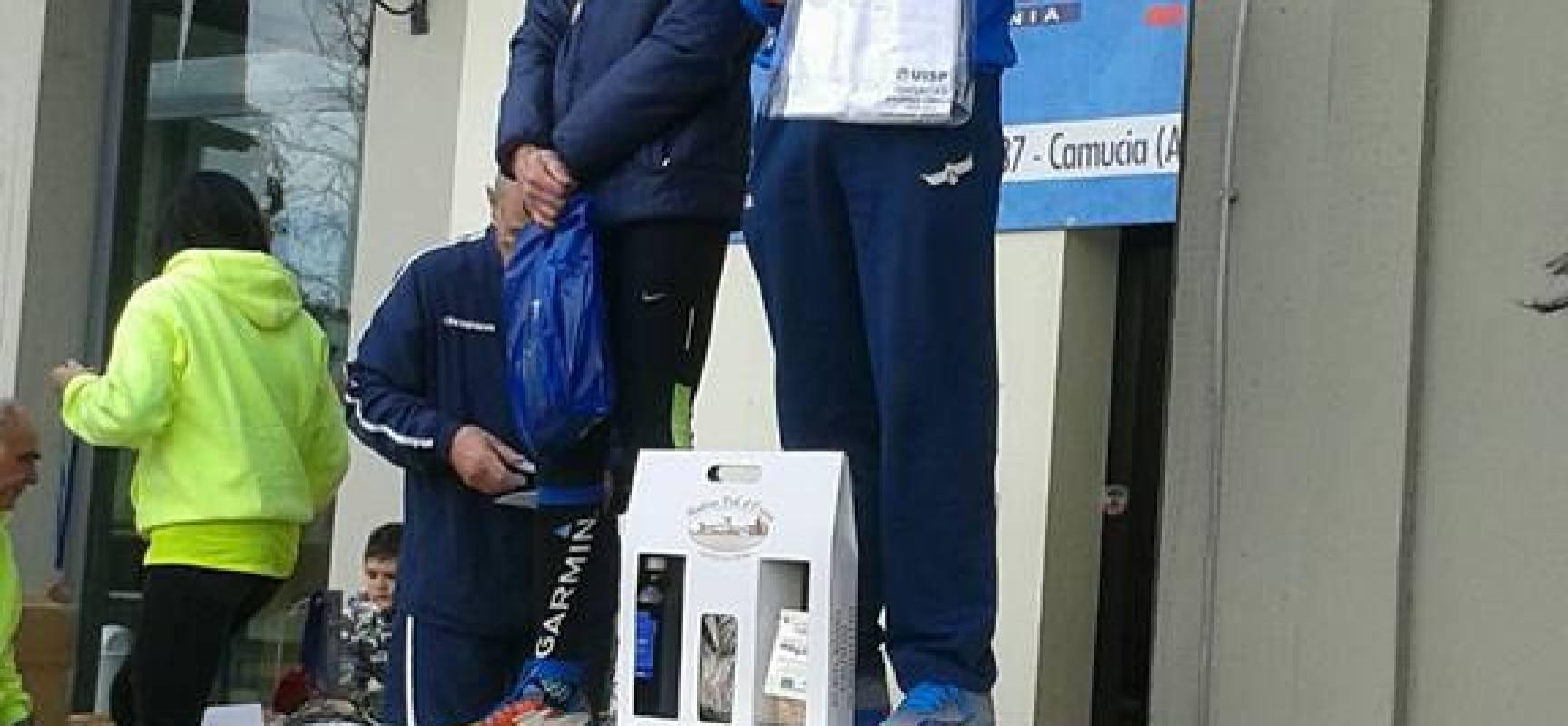 Simone Pierotti (G.S. Orecchiella) campione toscano U.I.S.P. di mezza maratona