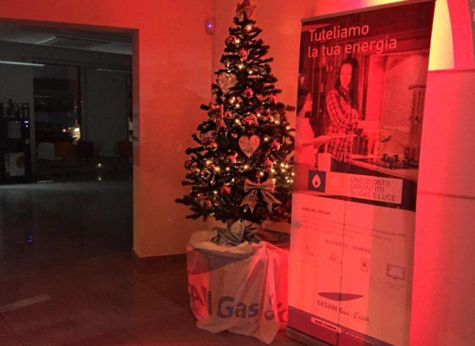 Tutto pronto per l'arrivo di Babbo Natale che porterà regali per la festa di Gesam Gas e Luce