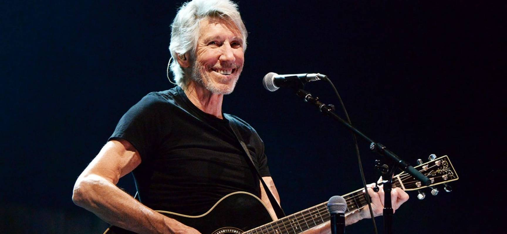"Roger Waters porterà a Lucca lo spettacolare show ""Us + Them tour""."