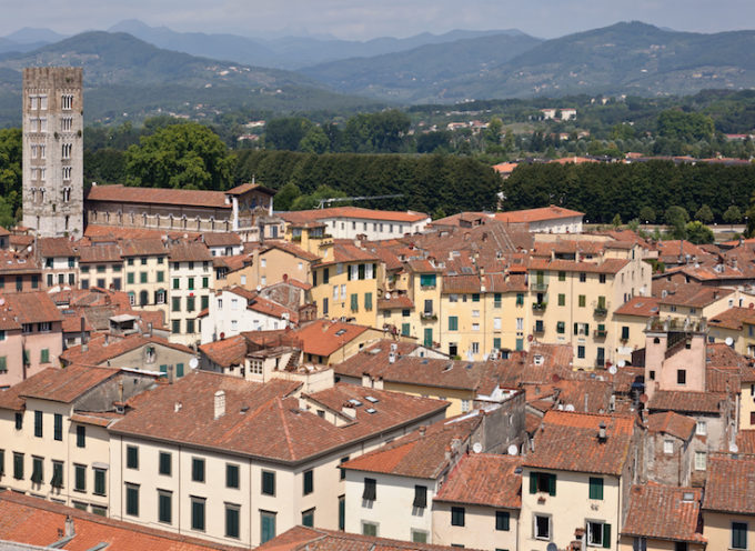'ATO Toscana Costa finanzia le nuove isole ecologiche di prossimità del centro storico con 1,39 milioni di euro. Nel progetto sono incluse anche le isole ecologiche per i condomini delle periferie.