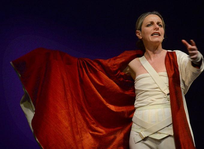 """Teatro Scuderie Granducali: cento minuti di emozione purissima con """"Il racconto di Chimera"""""""