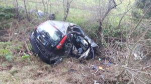 Incidenti stradali: scontro tra auto nel Pisano, muore donna