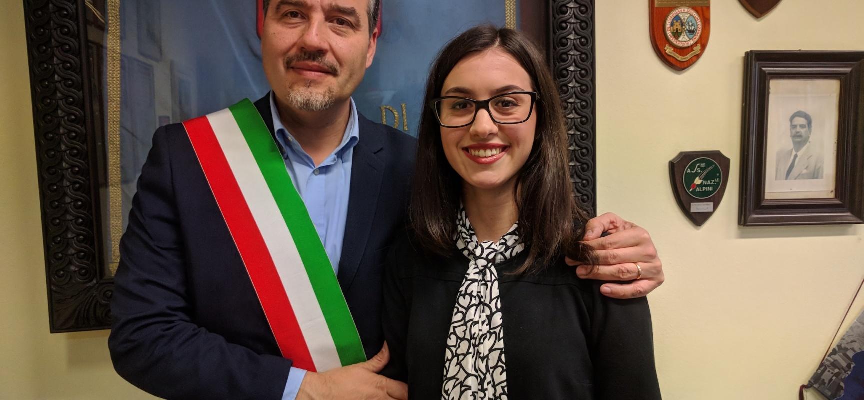 laureata con 110 e lode ricevuta in comune al sindaco Fornaciari