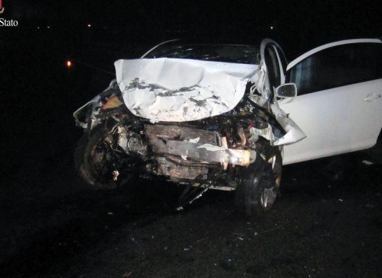 Ubriaco  e drogato con l'auto finisce contro un muro: