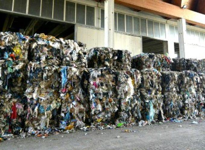 Gli impianti per i rifiuti che non si costruiscono: le imprese pagano i costi di progettazione e rimangono con i rifiuti da smaltire