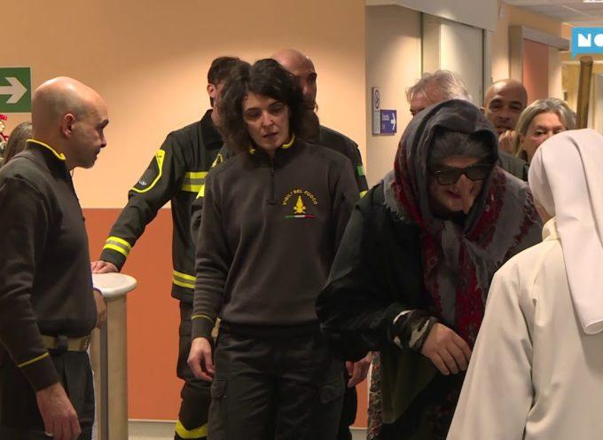 La Befana in visita ai piccoli ospiti della pediatria all'ospedale San Luca[VIDEO]