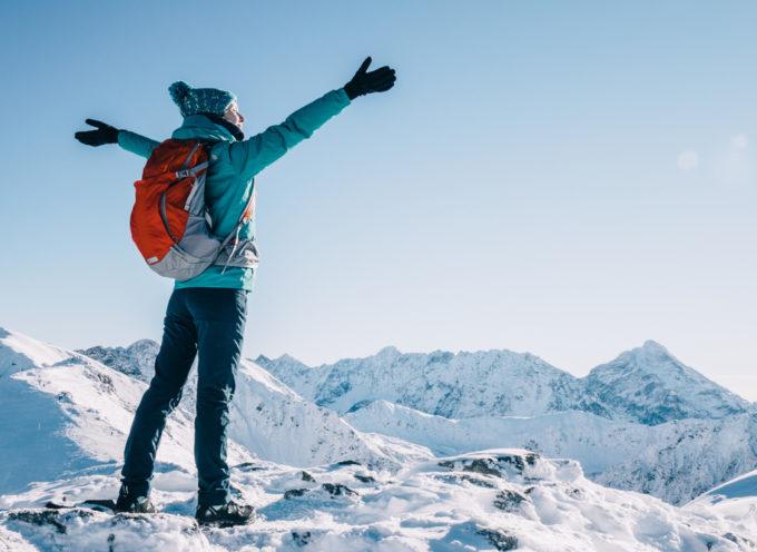 Trekking in inverno: come scegliere l'abbigliamento adatto