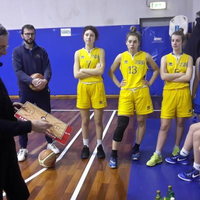 Maestro di basket. Lo è stato ancora una volta coach Mirco Diamanti.