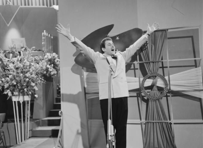 IL 1 FEBBRAIO 1958 DOMENICO MODUGNO VINCE IL FESTIVAL DI SAN REMO