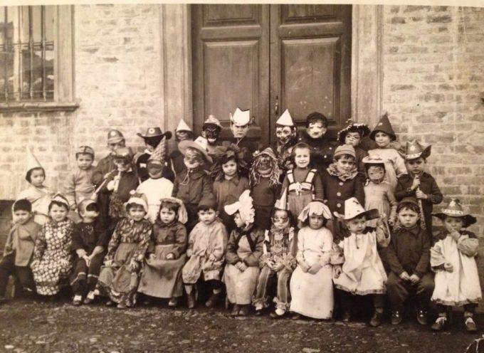 Le foto delle Feste: tutti in posa con i costumi di Carnevale.