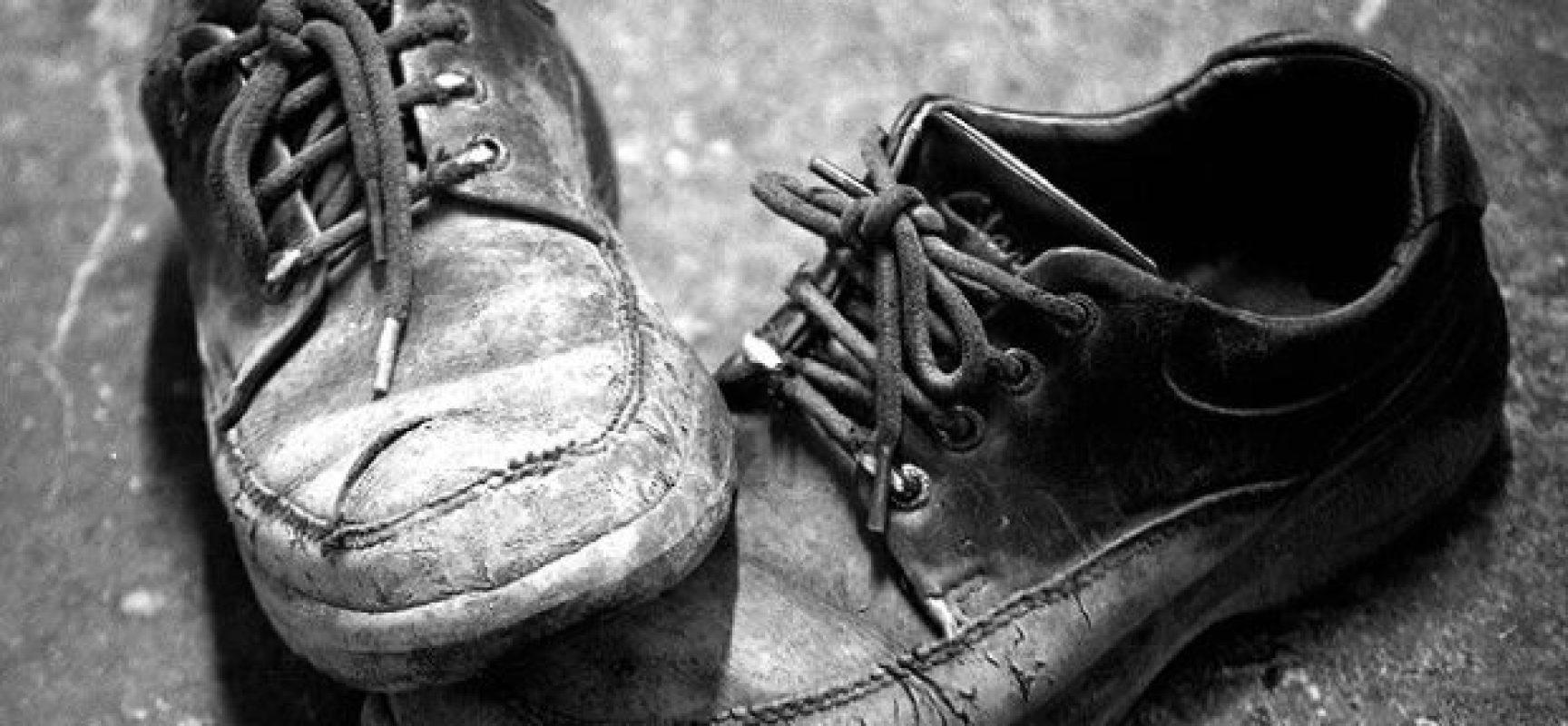 Avevamo due paia di scarpe, una per tutti i giorni e se eri fortunato una per la domenica