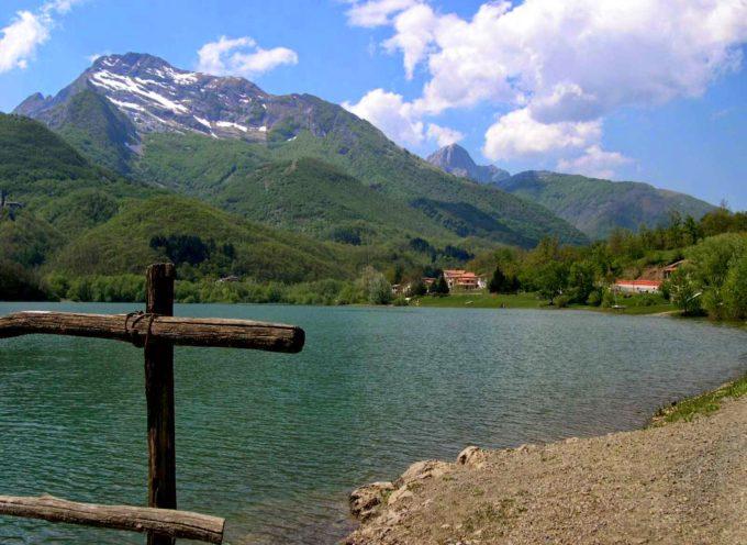 Apuane Selvagge: Orto di Donna e bagno al Lago di Gramolazzo