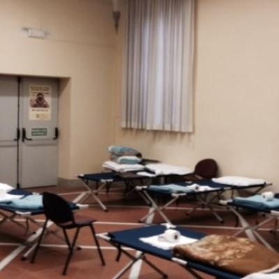da domenica 25 a mercoledì 28 febbraio sarà aperto un dormitorio di emergenza presso la Pia Casa in via Santa Chiara