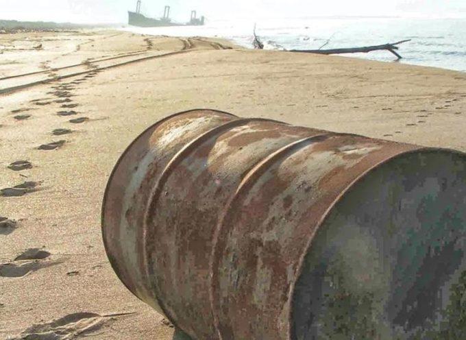 90 navi affondate piene di rifiuti tossici nel Mediterraneo