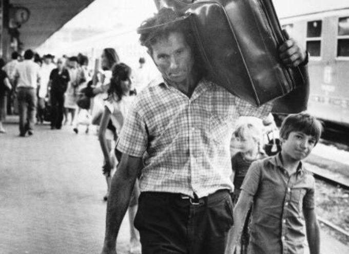 Per Pasqua le stazioni erano piene di emigranti che tornavano dalle loro famiglie,