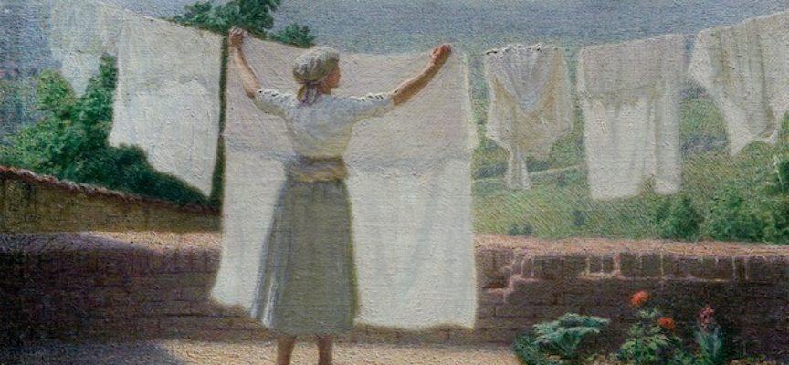 Con le pulizie di Pasqua c'è da fare anche il bucato grosso, e forse più di uno.