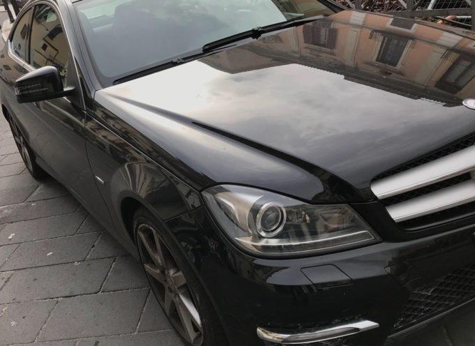 Richiamo Mercedes per airbag e piantone dello sterzo (potenzialmente) difettosi riguarda anche autovetture circolanti in Italia.