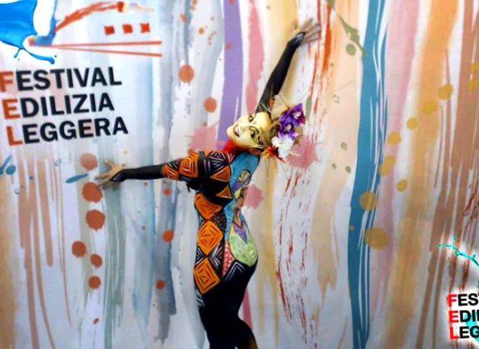 Il Festival dell'edilizia leggera ultimo giorno di eventi in fiera  Colori, decori e novità per la casa ma anche musica e spettacoli