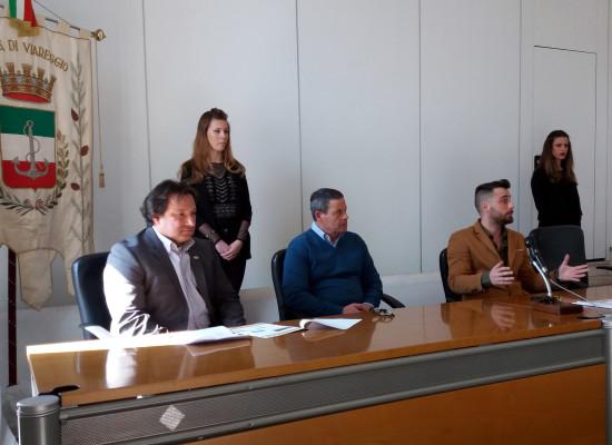 TAXI-CARD PER DONNE, STUDENTI E ANZIANI GUARDANDO ALLA VERSILIA