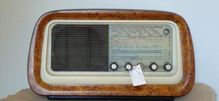 LE RADIO D'EPOCA IN MOSTRA ALLA FORTEZZA DI MONT'ALFONSO  A CASTELNUOVO GARFAGNANA