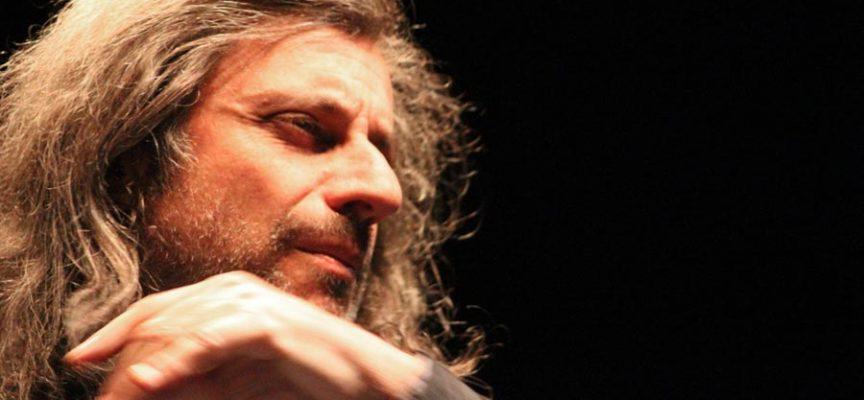 Alessandro Bergonzoni in scena al Differenti di Barga