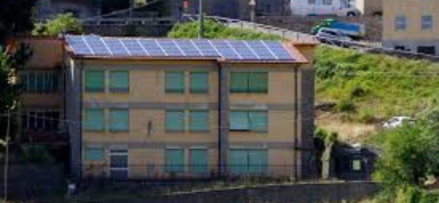 Pubblica illuminazione a led e pannelli fotovoltaici nelle scuole, Legambiente premia Pescaglia