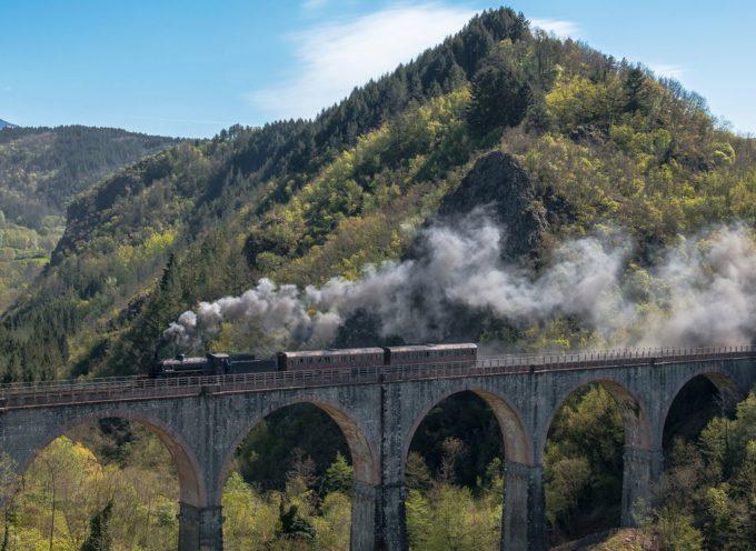 il treno della Garfagnana da La Spezia a Castelnuovo di G.